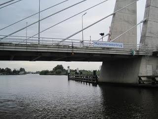 Holland waterway cruise – Bridges and Locks