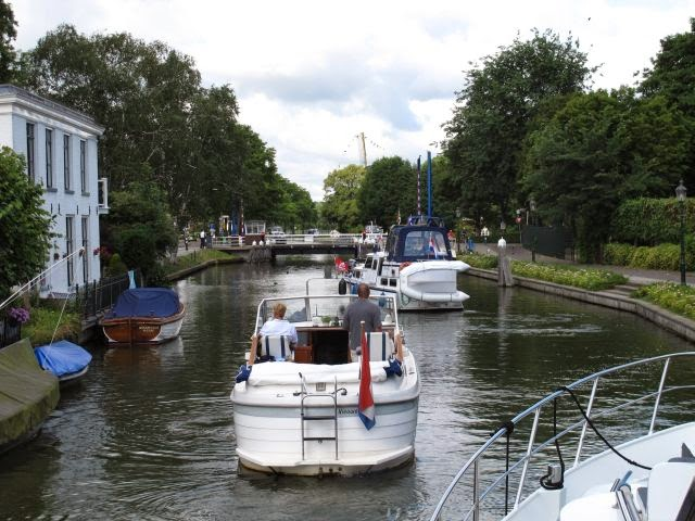Netherlands waterway trip – Weesp to Uithoorn