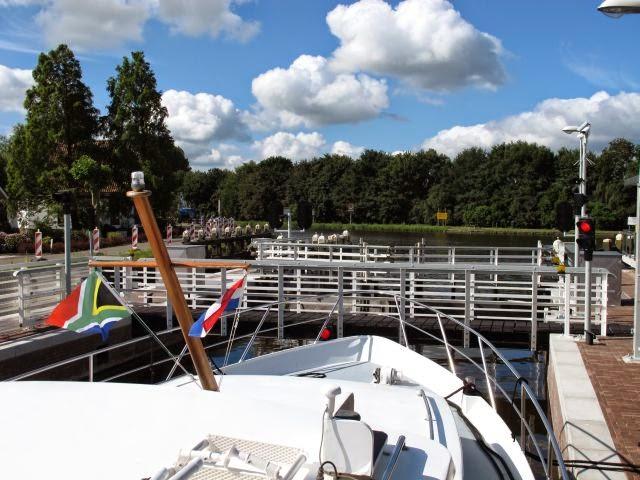 Netherlands waterway trip – Uithoorn to Alphen aan der Rijn