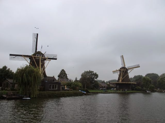 Netherlands waterway cruise – On to Utrecht via the Vecht