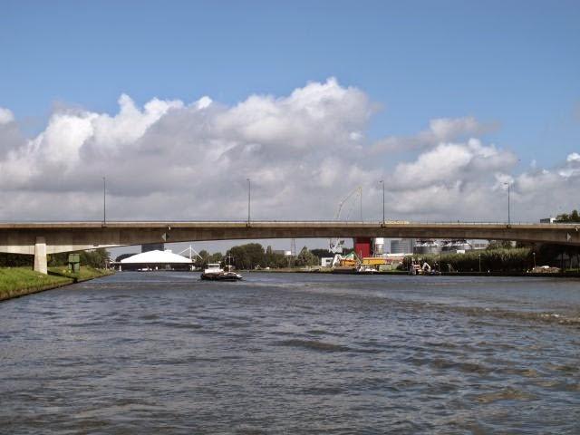 Netherlands waterway cruise – on to Vianen