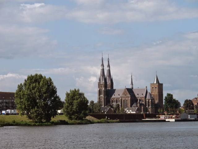 Netherlands inland waterway trip – River Maas to Cuijk and Kraaienbergseplassen