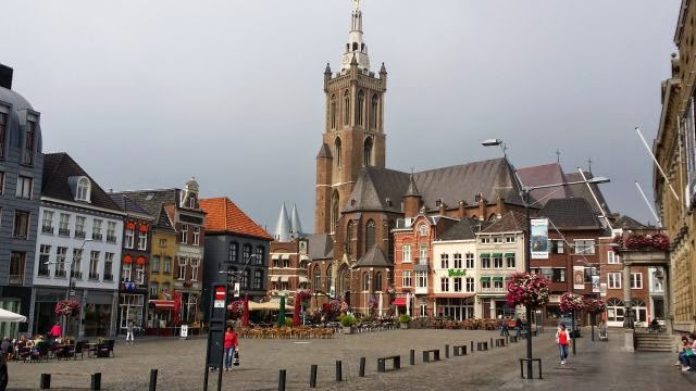 Netherlands Inland Waterway trip – Roermond and the Lakes