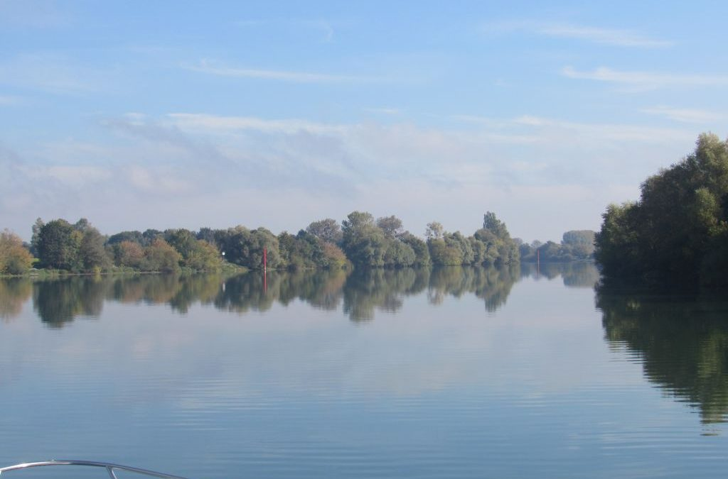 French Inland Waterway cruise – River Saone