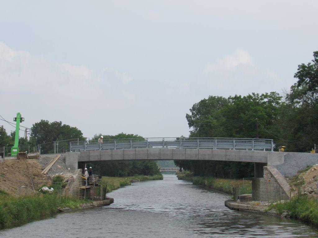 Artaix to Digoin - Brand new bridge being built
