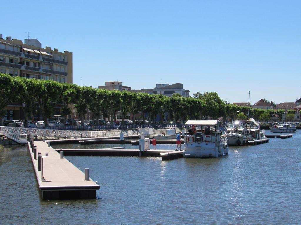 Montceau-les-Mine new marina